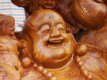 Pho tượng Phật Di Lặc giá hơn 1 tỷ ở chợ Tết xứ Thanh
