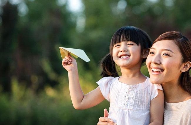 10 lời khuyên để nuôi dưỡng tinh thần cho trẻ giúp con luôn là người mạnh mẽ, bản lĩnh khi trưởng thành-4