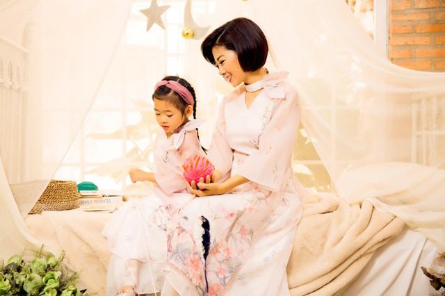 Mai Phương cùng con gái Lavie diện áo dài rạng rỡ đón Tết-10