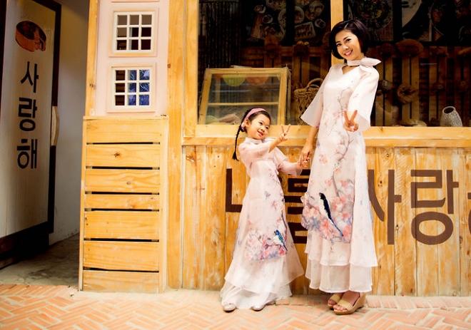 Mai Phương cùng con gái Lavie diện áo dài rạng rỡ đón Tết-14