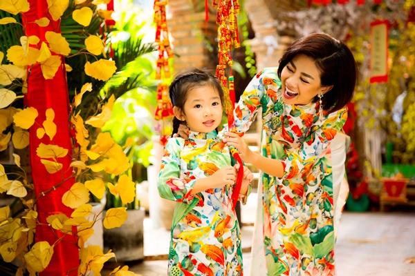 Mai Phương cùng con gái Lavie diện áo dài rạng rỡ đón Tết-5