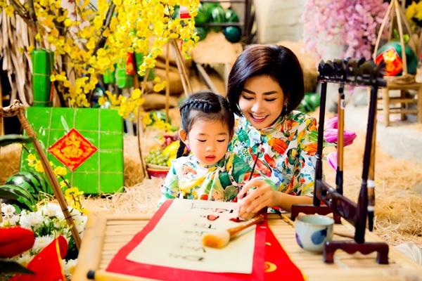 Mai Phương cùng con gái Lavie diện áo dài rạng rỡ đón Tết-6