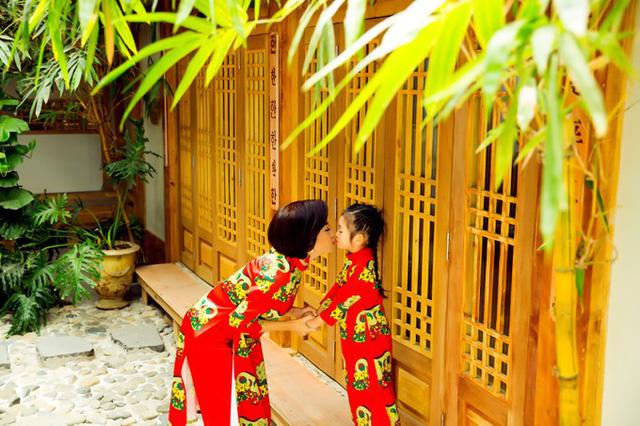 Mai Phương cùng con gái Lavie diện áo dài rạng rỡ đón Tết-7