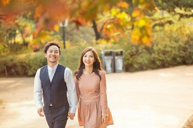 Tiến Đạt cười rạng rỡ bên bà xã giữa khung cảnh lãng mạn ở Hàn Quốc-6