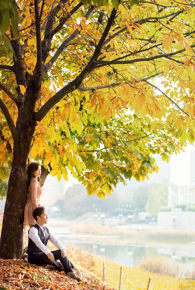 Tiến Đạt cười rạng rỡ bên bà xã giữa khung cảnh lãng mạn ở Hàn Quốc-9