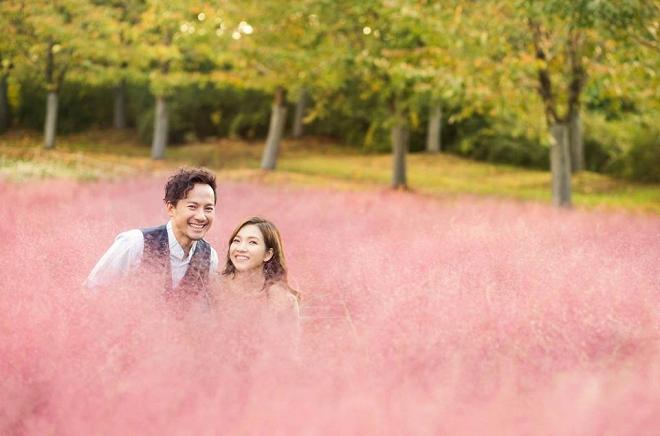 Tiến Đạt cười rạng rỡ bên bà xã giữa khung cảnh lãng mạn ở Hàn Quốc-12
