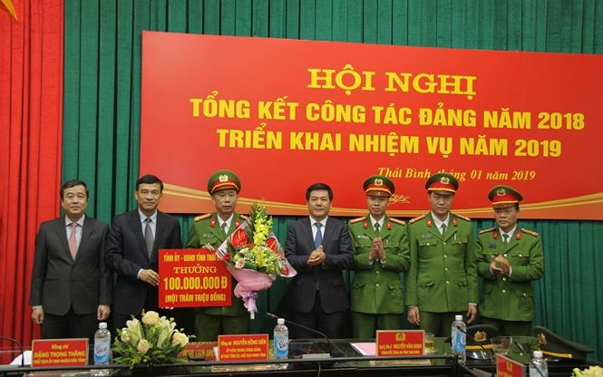 Hé lộ nguyên nhân nghi can dùng hơi cay cướp ngân hàng ở Thái Bình-2