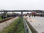 Thiếu phụ mang thai đôi 7 tháng tử vong thương tâm sau va chạm với xe tải-2