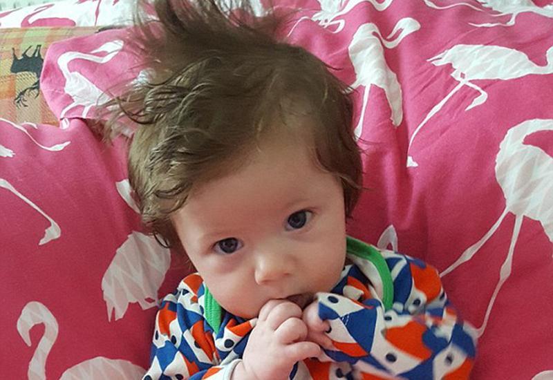 Mẹ bỉm sữa thả tim ầm ầm cho những bé sơ sinh uống sữa chỉ để nuôi tóc-9