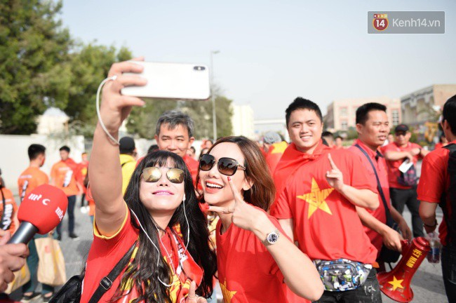 Tứ kết Việt Nam - Nhật Bản: CĐV tiếc nuối khi tuyển Việt Nam phải rời Asian Cup 2019-67