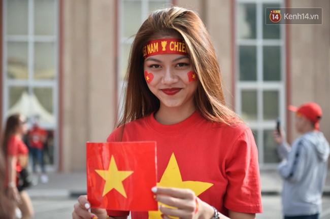 Tứ kết Việt Nam - Nhật Bản: CĐV tiếc nuối khi tuyển Việt Nam phải rời Asian Cup 2019-77