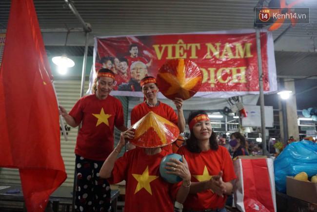 Tứ kết Việt Nam - Nhật Bản: CĐV tiếc nuối khi tuyển Việt Nam phải rời Asian Cup 2019-39