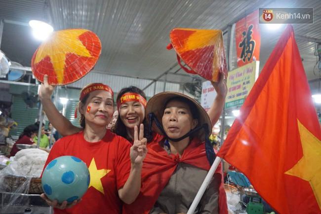 Tứ kết Việt Nam - Nhật Bản: CĐV tiếc nuối khi tuyển Việt Nam phải rời Asian Cup 2019-37