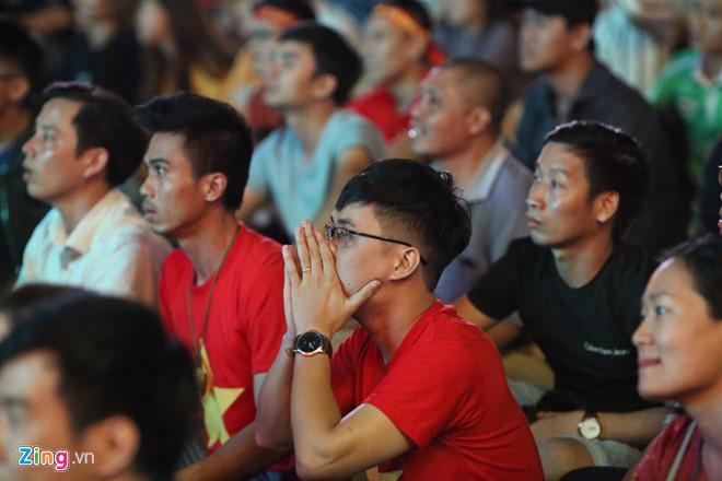 Tứ kết Việt Nam - Nhật Bản: CĐV tiếc nuối khi tuyển Việt Nam phải rời Asian Cup 2019-13