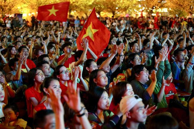 Tứ kết Việt Nam - Nhật Bản: CĐV tiếc nuối khi tuyển Việt Nam phải rời Asian Cup 2019-5