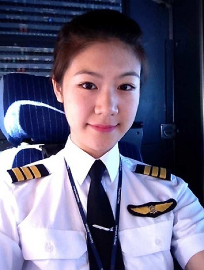 Nhan sắc của loạt nữ hoàng bầu trời Châu Á khiến mày râu ngơ ngẩn-14