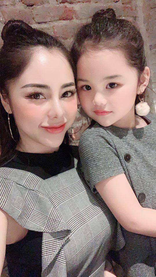 Mê màn bắt bóng xuất thần, MC xinh nhất nhì VTV tuyên bố gả con gái cho Đặng Văn Lâm-5