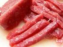 Không cần gừng, xào thịt bò chỉ cần cho thêm thứ rau này vào đảm bảo thơm ngon khác lạ