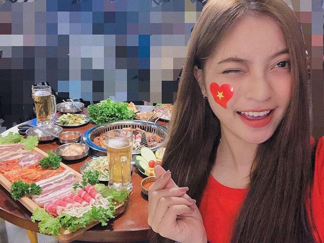 Gia nhập hội bạn gái cầu thủ, Ngọc Nữ vẫn phủ nhận yêu Phan Văn Đức-4
