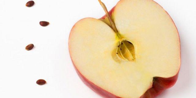 Sự thật ăn táo buổi tối tương đương việc hấp thụ chất độc, muốn an toàn nên ăn lúc nào?-2