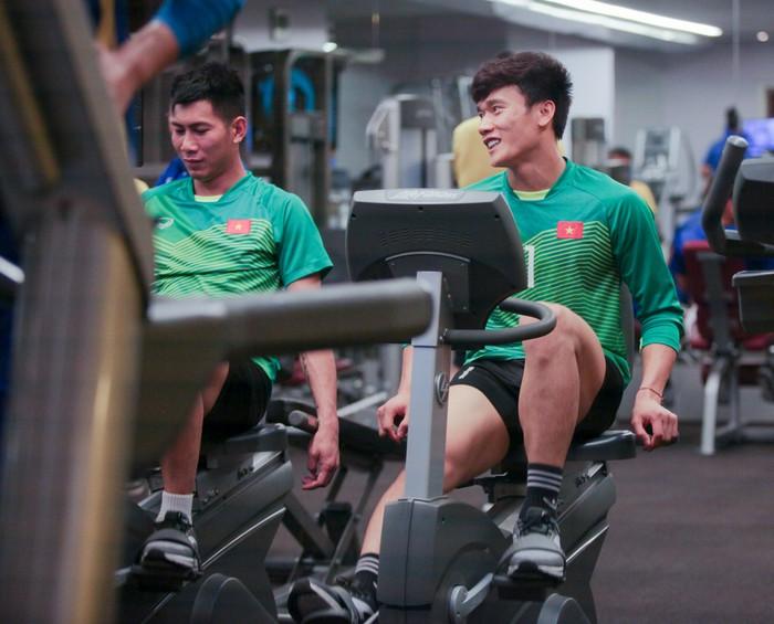 Tuyển Việt Nam hăng say tập gym trước trận gặp Yemen-7