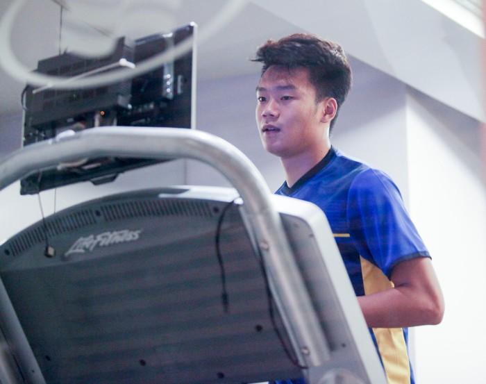Tuyển Việt Nam hăng say tập gym trước trận gặp Yemen-4