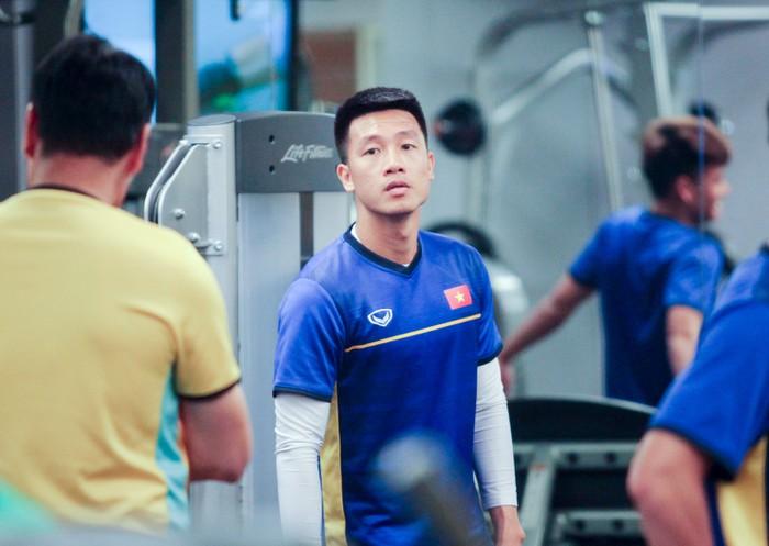 Tuyển Việt Nam hăng say tập gym trước trận gặp Yemen-5