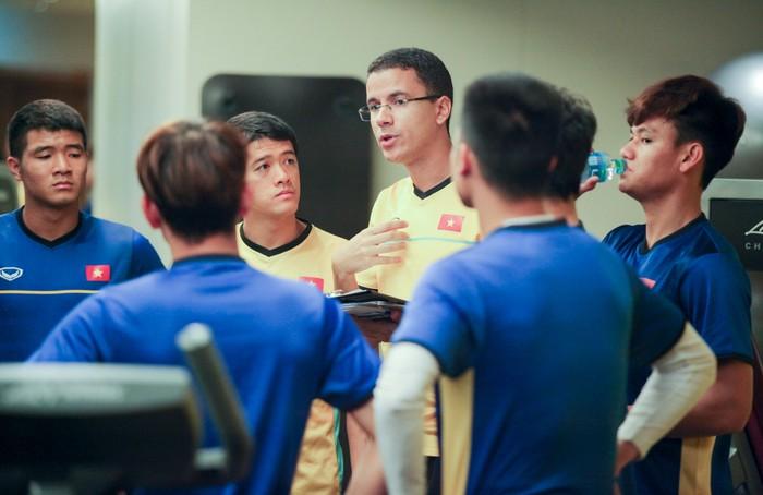 Tuyển Việt Nam hăng say tập gym trước trận gặp Yemen-1