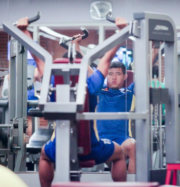 Tuyển Việt Nam hăng say tập gym trước trận gặp Yemen-6