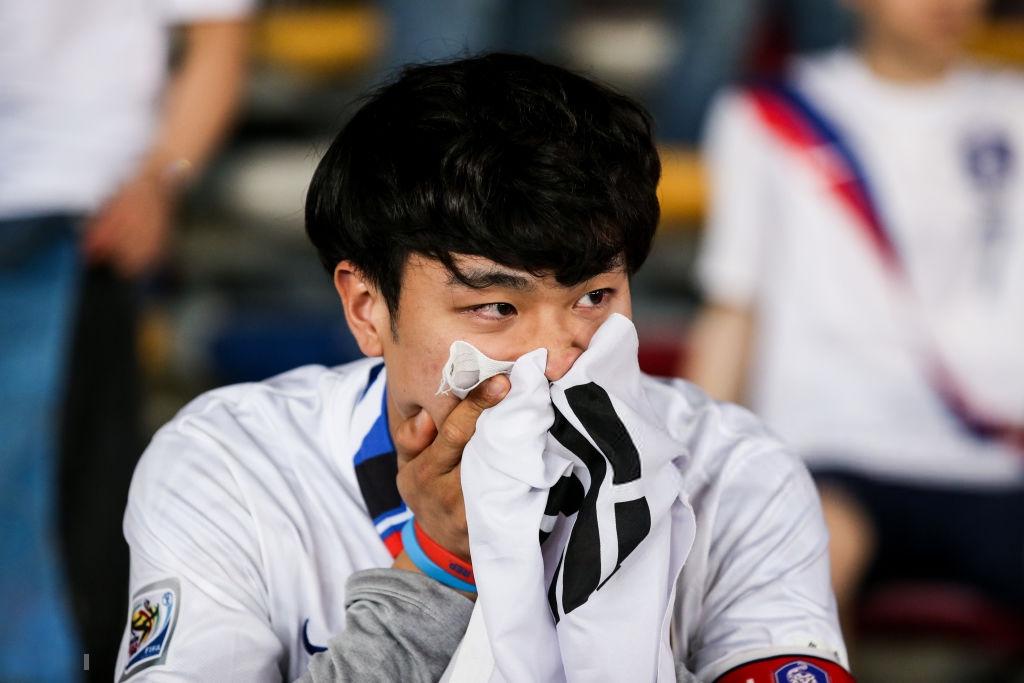 Tuyển thủ Hàn Quốc buồn bã, CĐV suy sụp sau thất bại ở tứ kết Asian Cup 2019-7
