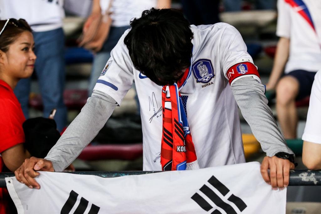 Tuyển thủ Hàn Quốc buồn bã, CĐV suy sụp sau thất bại ở tứ kết Asian Cup 2019-6
