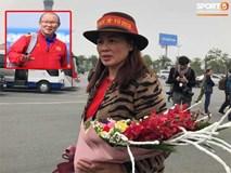 Mẹ Quang Hải khen thầy Park là