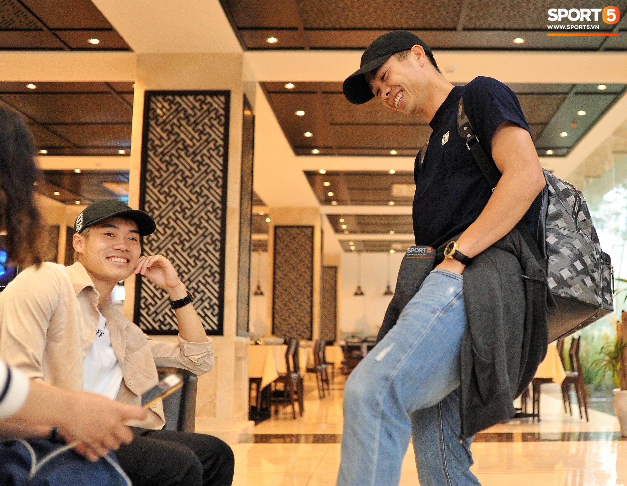 Không quần đùi áo số, Công Phượng và Văn Toàn cool ngầu với style chuẩn Hàn Quốc-6