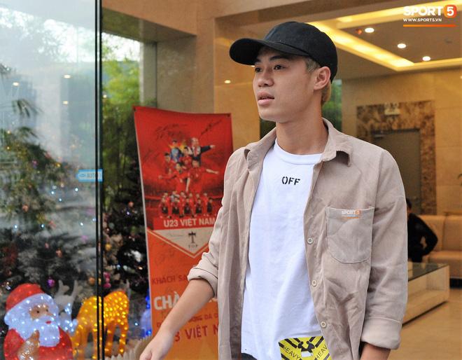 Không quần đùi áo số, Công Phượng và Văn Toàn cool ngầu với style chuẩn Hàn Quốc-4
