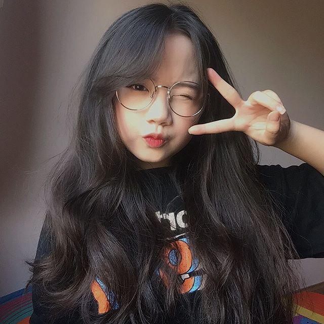 Nữ sinh Việt khiến dân mạng và truyền thông Trung Quốc phát cuồng vì bức ảnh mặc áo dài với mái tóc mây siêu đẹp-6