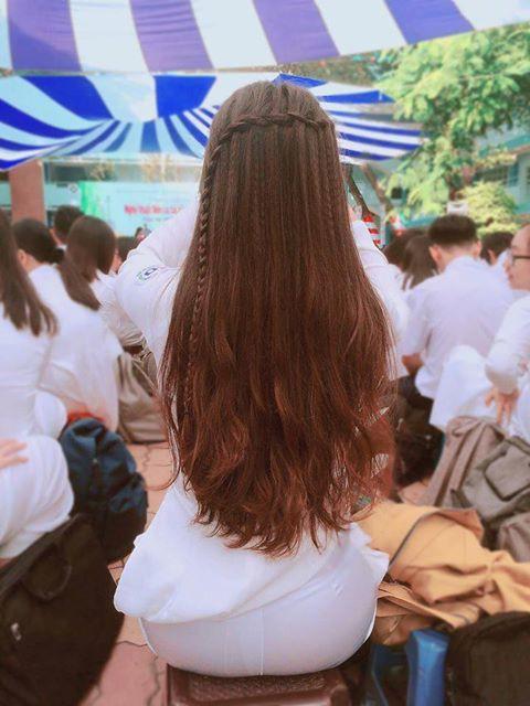 Nữ sinh Việt khiến dân mạng và truyền thông Trung Quốc phát cuồng vì bức ảnh mặc áo dài với mái tóc mây siêu đẹp-2