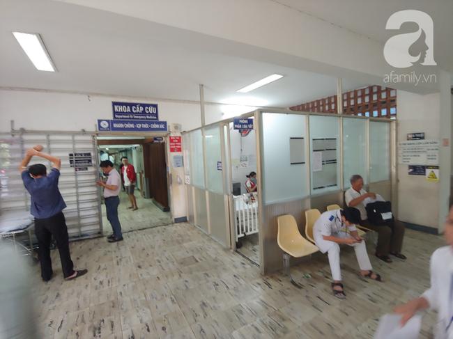Vụ người phụ nữ nguy kịch khi cắt u hậu môn tại phòng khám tư: Bác sĩ Trung Quốc mổ, phòng khám phủ nhận-7