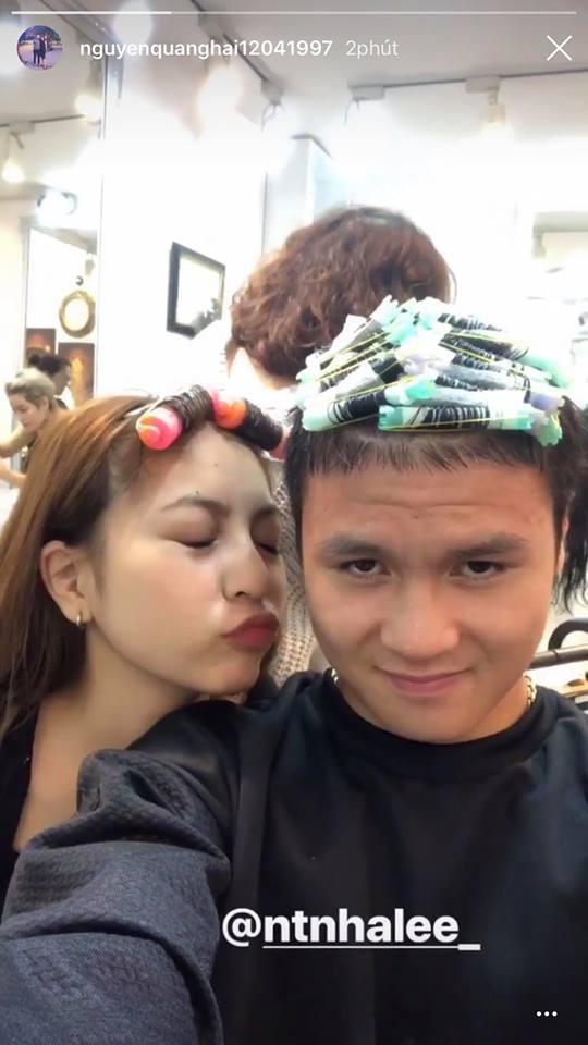 Vừa về nước, Quang Hải đã cùng bạn gái đi làm tóc mới đón Tết-1