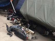 Hiện trường vụ tai nạn xe khách lao vào 6 xe máy bên đường khiến nhiều người rùng mình