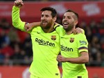 Messi ghi dấu trong 4 bàn thắng, Barca vào tứ kết thuyết phục-3