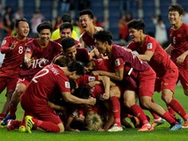 Đừng gọi cầu thủ là 'người hùng', hãy trả bóng đá Việt Nam về chỗ đứng vốn có