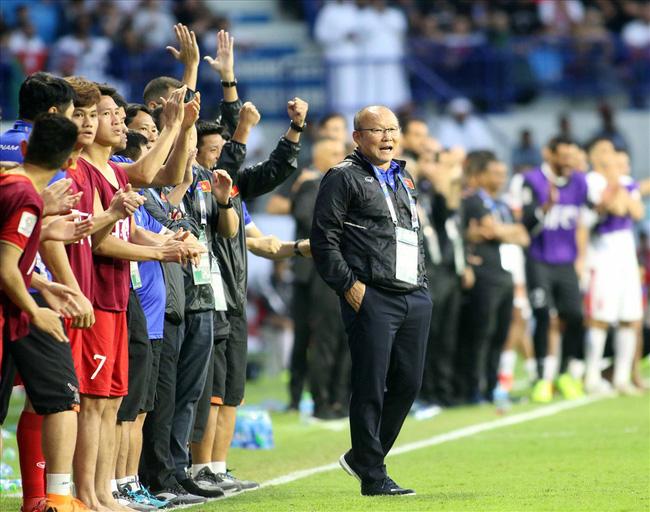 Rộ tin khiến người hâm mộ bóng đá hoang mang: HLV Park Hang Seo đã chính thức chia tay Việt Nam, về Hàn Quốc đêm qua?-5