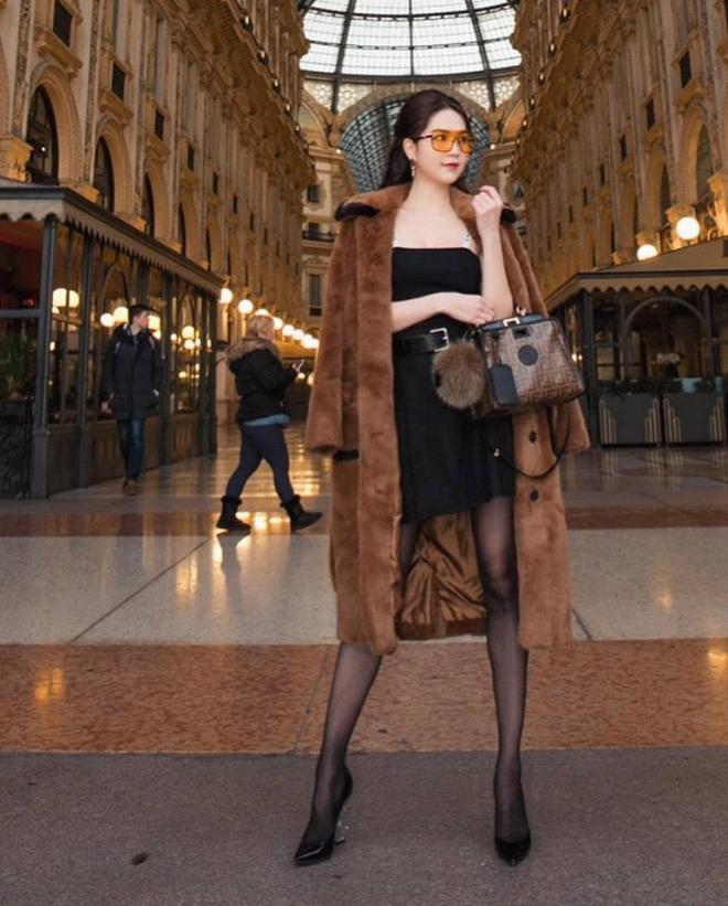 Ngọc Trinh phủ hàng hiệu từ đầu tới chân, sải bước ở kinh đô thời trang Milan-4