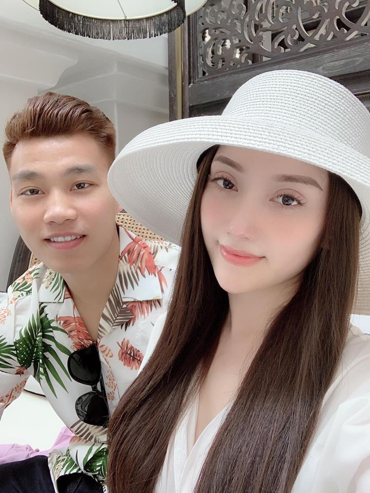 Nghỉ xả hơi ăn Tết, dàn hot boy đội tuyển Việt Nam thi nhau khoe nhà mới, đi chơi cùng bạn gái-16