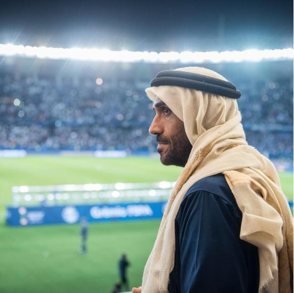 Hoàng tử UAE bao trọn khán đài ngăn CĐV Qatar cổ vũ bán kết Asian Cup là ai?-4