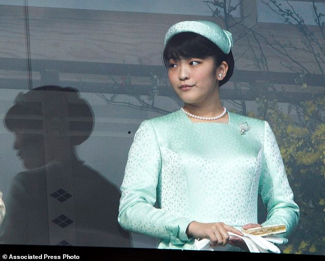 Điều ít biết về công chúa Nhật Bản tài sắc vẹn toàn, chấp nhận thành thường dân để kết hôn với chàng trai nghèo khó-4