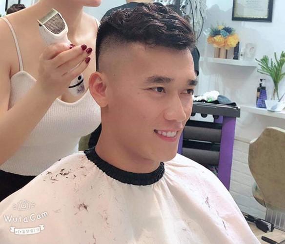 Bộ sưu tập tóc chất lừ chuẩn bị ăn Tết của cầu thủ ĐT Việt Nam-4