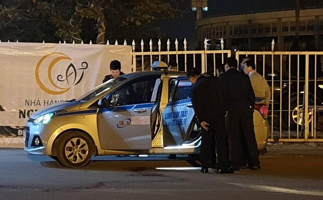 Xuất hiện nhiều tình tiết lạ vụ tài xế taxi bị cứa cổ, tử vong trước SVĐ Mỹ Đình-1