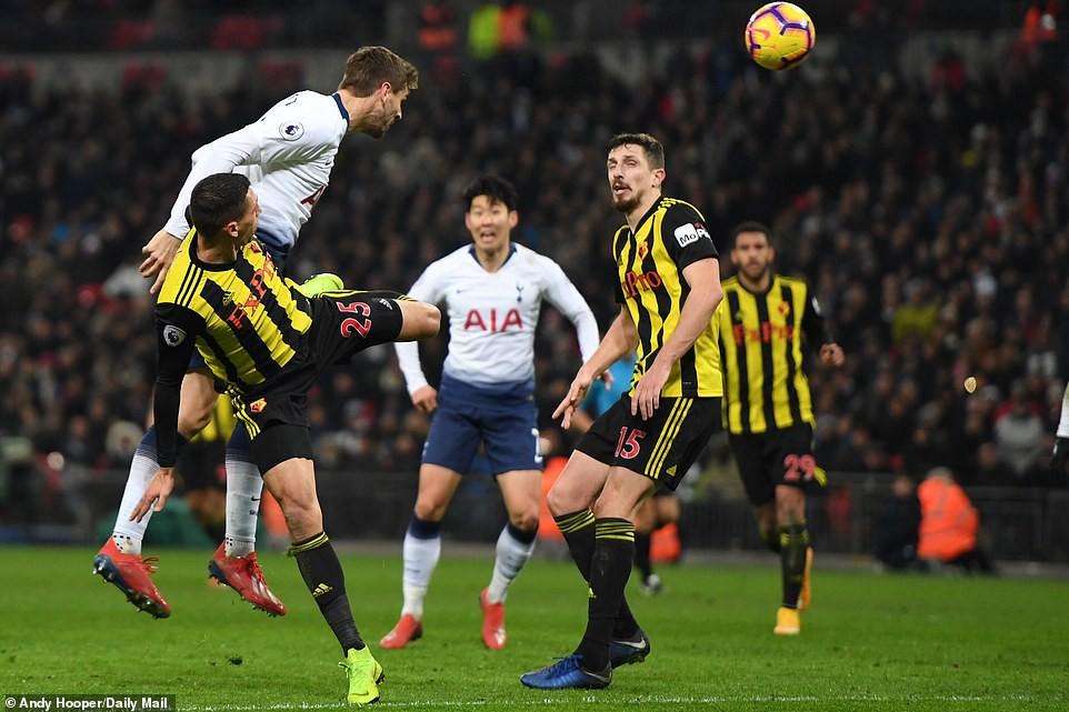 Chelsea thảm bại khó tin, sao Hàn Quốc gây thất vọng ở Asian Cup tỏa sáng giúp Spurs ngược dòng ấn tượng-12