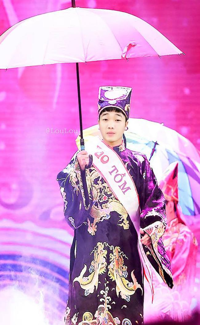 Sẽ ra sao nếu dàn trai đẹp tuyển Việt Nam đi casting Táo quân, nhìn vai Công Phượng được nhận không nhịn nổi cười-8